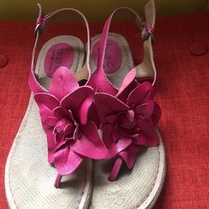 B.O.C. Born hot pink thong sandals leather, 7/38
